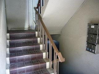 改修前西側階段