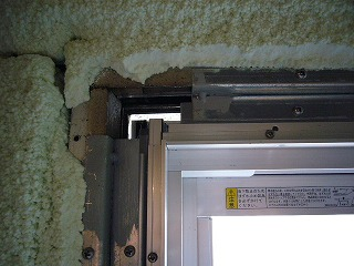 既存窓のカバー工法による交換